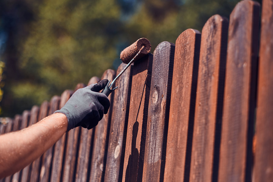 fence painting reno